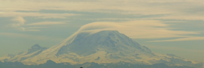 Rainier cloud